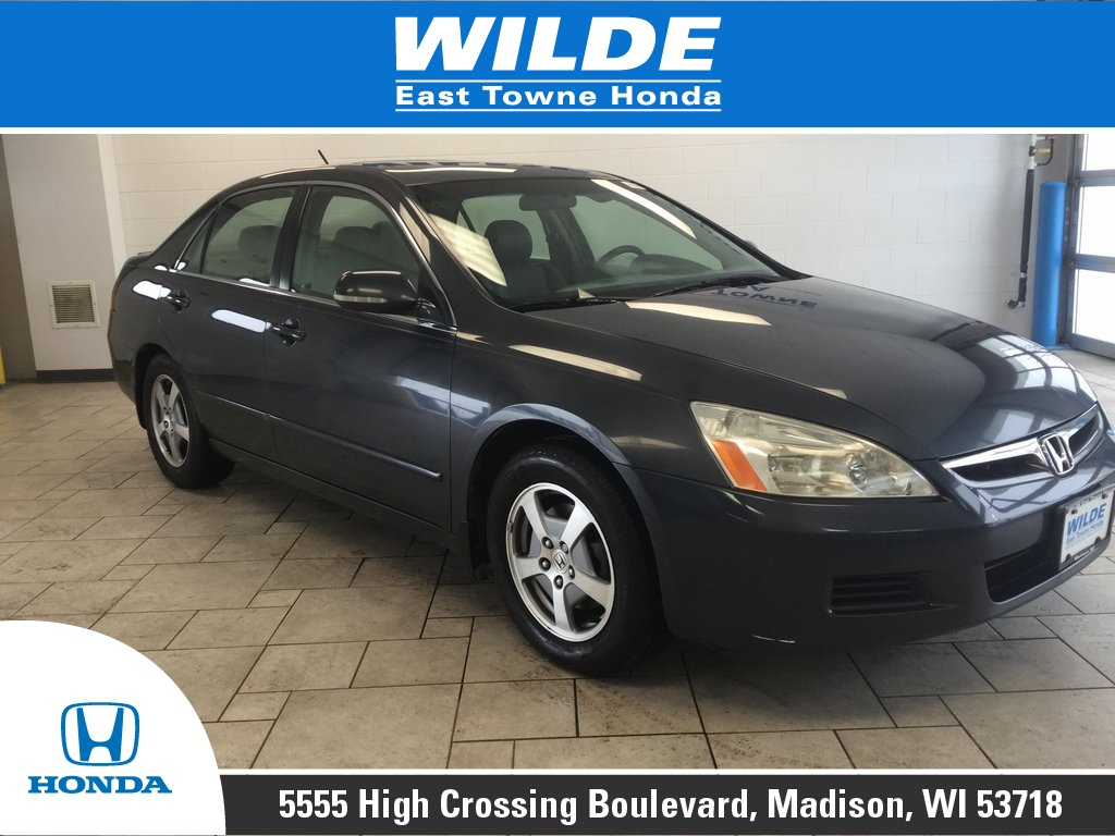 Pre-Owned 2007 Honda Accord Hybrid